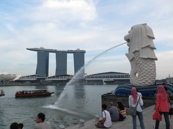 Marina Bay Sands  and Merlion statue, Singapore
